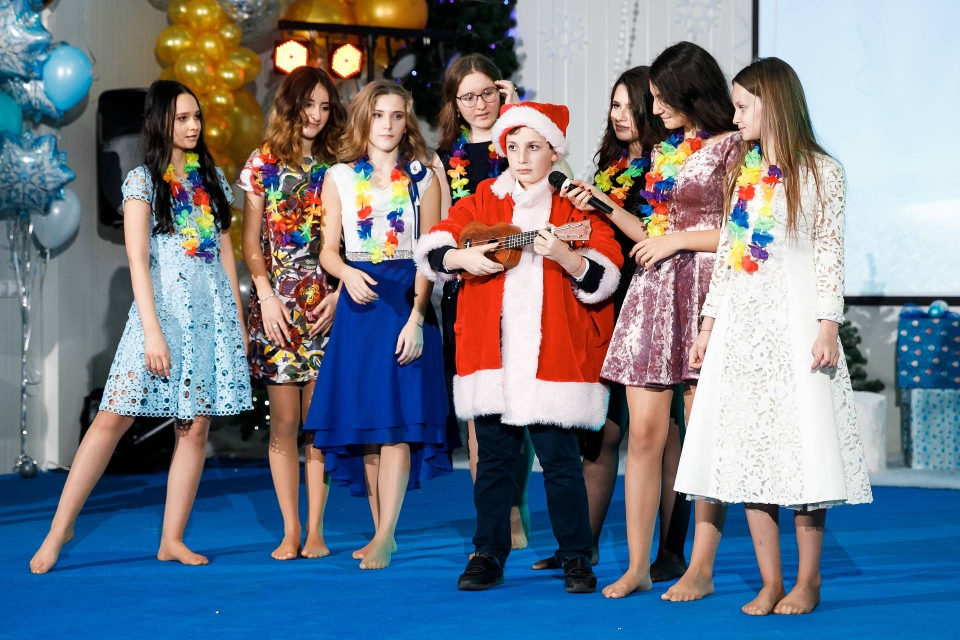 NEW YEAR'S CONCERT IN RUSSIAN INTERNATIONAL SCHOOL